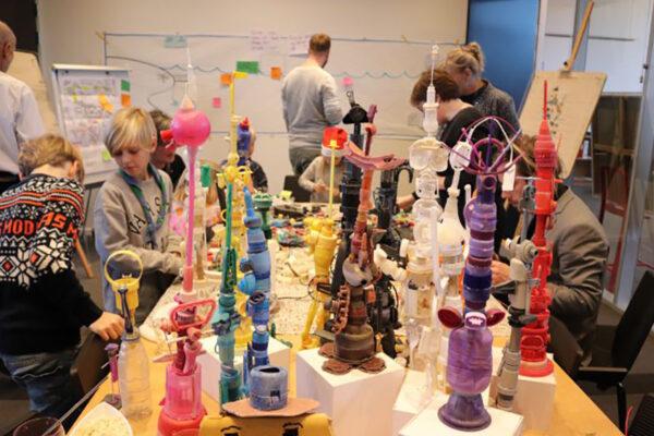 kunst-med-plastik-og-børn-Rikke-Jensen_845x592px